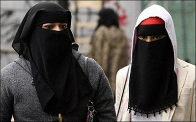 muslimwomenheadcoverings4c.jpg