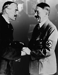 Hitler+Chamberlain-Peace