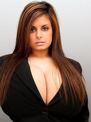 Erica Bazoombas