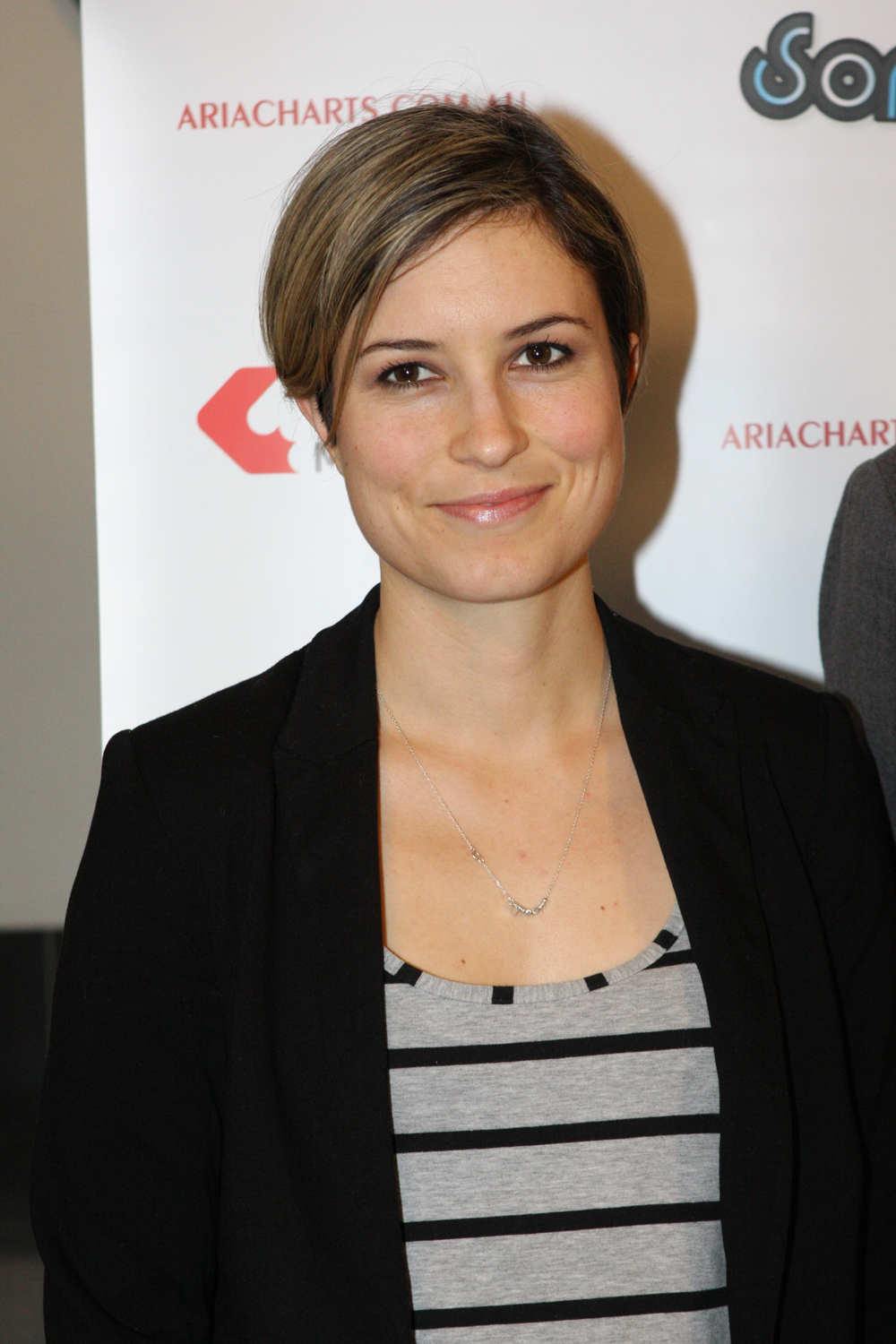 Missy Higgins - Actress Wallpapers
