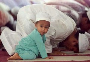 20130210_islam_muslim_adult_child_large
