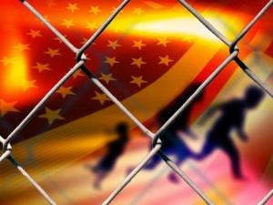 20130620_ILLEGAL_IMMIGRATION_FENCE_LARGE
