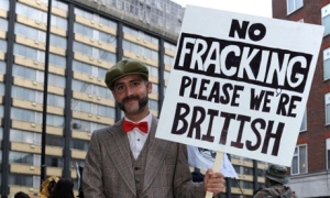 20130703_fracking_BRITISH_ENGLAND