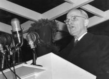 AM-BF_Pres.Truman_Podium_8502