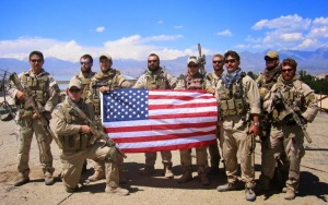 Soldiers with US Flag