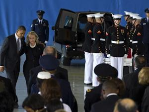 20121018_Hillary_Obama_coffins