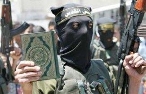 20150915_Soldier_MUSLIM_ISLAM_Koran