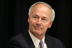 Republican candidate for Arkansas governor Asa Hutchinson participates in a debate at the Arkansas Press Association convention in Hot Springs, Ark., Friday, July 11, 2014. (AP Photo/Danny Johnston)